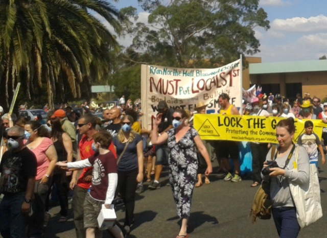 Morwell protests against inaction on Hazelwood mine fire, 2014. Pic: Ben Courtice